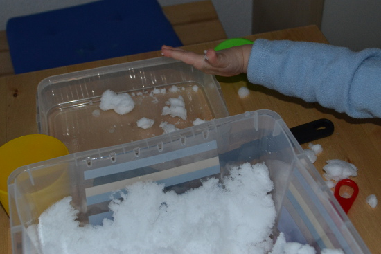 Why not bring some snow inside and make a snow sensory tub for fun sensory play without having to wear warm clothes?