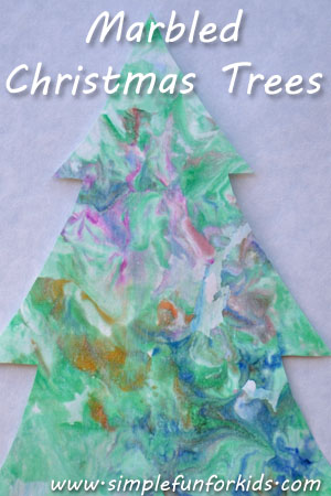 Make quick and simple marbled Christmas trees with colorful decorations!