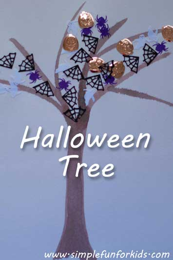 Super Simple Halloween Tree