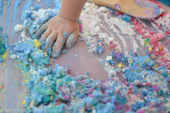 Sensory Activities for Kids: Foam dough made from shaving cream and cornstarch - such a super fun texture!