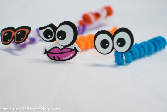 2 Minute Crafts for Kids: Make funny pipe cleaner worms from two materials!