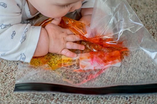 Simple color mixing for babies in a squishy sensory bag!