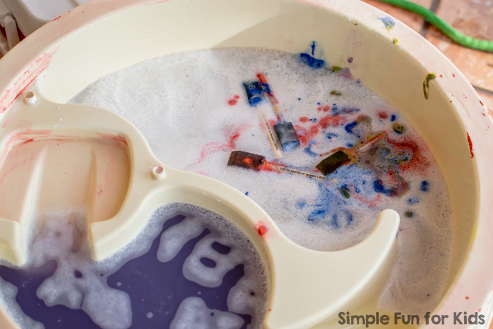Super simple process art for kids: Painting the water table!