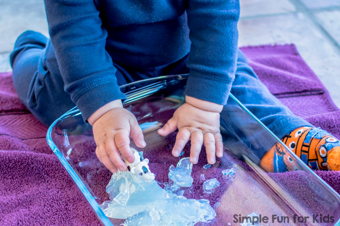 Simple Sensory Activities: Baby Play with Gelatin