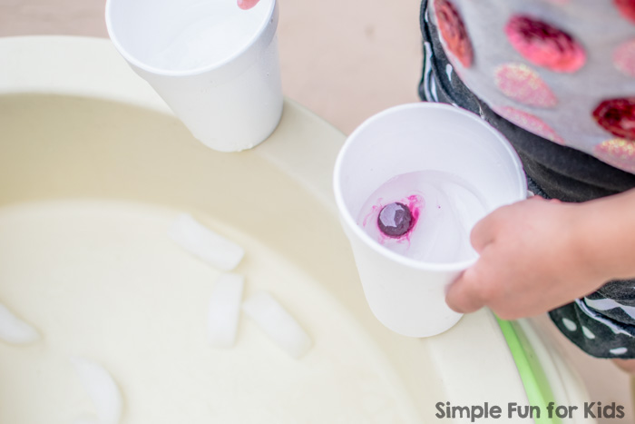 Water play for kids of all ages: Sensory soup with ice and pool noodles! Perfect simple summer fun!