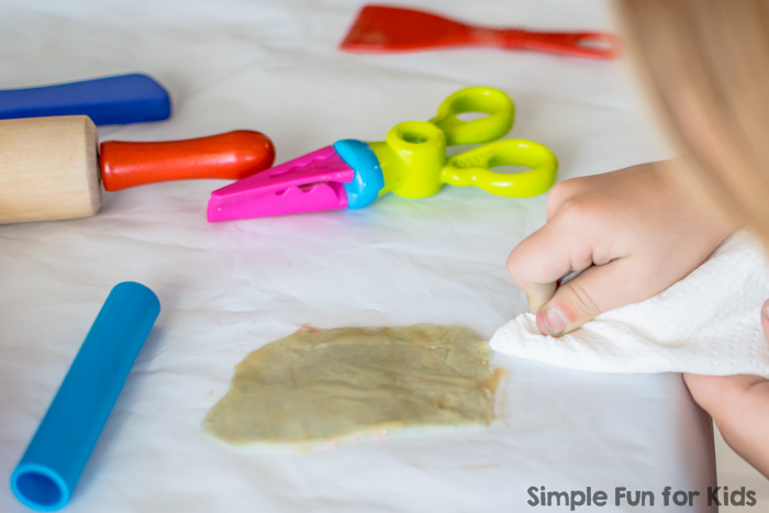 Bookspiration Series: Invitation to Create Play Dough Cupcakes with If You Give a Pig a Pancake!