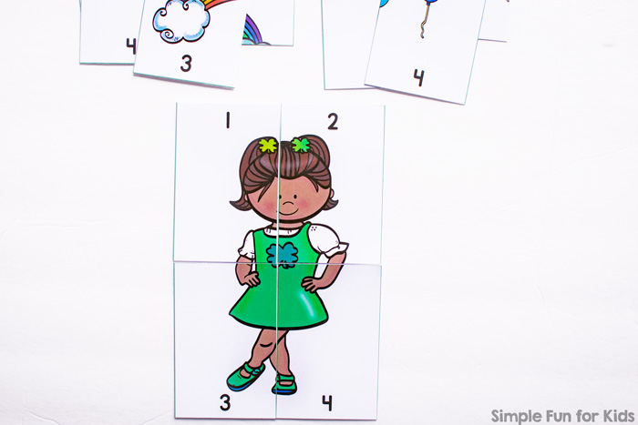 Got little puzzle lovers? These super cute printable St. Patrick's Day 4-Piece Number Puzzles are perfect for toddlers and preschoolers who are starting to be interested in numbers.