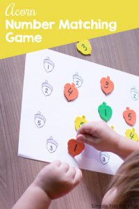 Practice number recognition and fine motor skills quickly and simply with this cute Acorn Number Matching Game! Includes versions for numbers 1-5, 6-10, and 1-10 for toddlers and preschoolers.