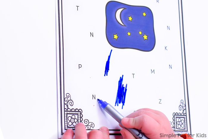 Practice recognizing the letter N with this quick and simple no prep N is for Night Letter Find! Differentiated four ways for toddlers and preschoolers. The VIP file includes a black and white version of every page.