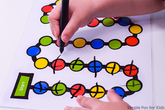 Practice counting and/or colors with this simple printable dry erase board game for preschool and kindergarten. Usable without a dry erase marker, but only half as much fun ;)