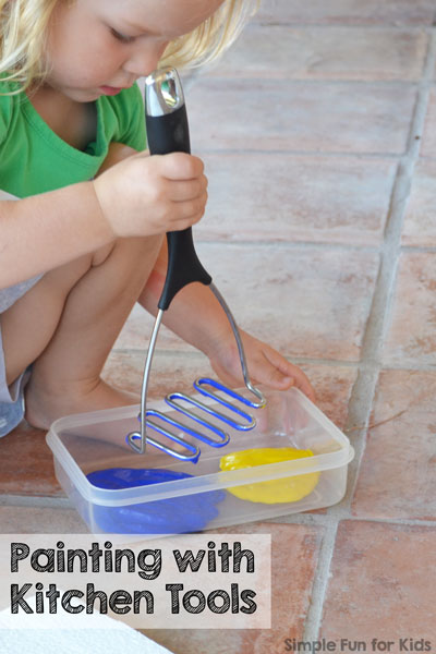 Super simple art activity without paintbrushes, perfect for toddlers and even babies: Painting with Kitchen Tools
