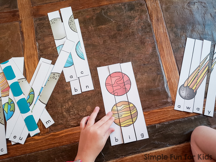 Learn, practice, and review sight words in a fun, hands-on way with these Solar System Sight Word Puzzles! Includes all of the pre-primer sight words, perfect for kindergarteners.