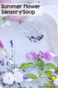 Simple nature exploration for toddlers, preschoolers, and elementary students perfect for summer: Try some sensory water play with this Summer Flower Sensory Soup!