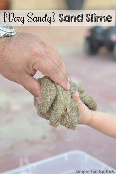 Sensory activities for kids: How we made homemade sand slime with LOTS of sand and had lots of fun with it! Awesome for older toddlers, preschoolers, and kindergartners.